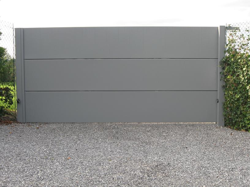portail m tallique fer forg portail automatique ou motoris vdv design. Black Bedroom Furniture Sets. Home Design Ideas